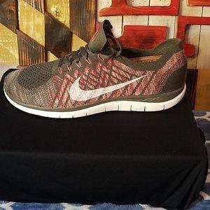 Nike Free 4.0 Flynit 10.5